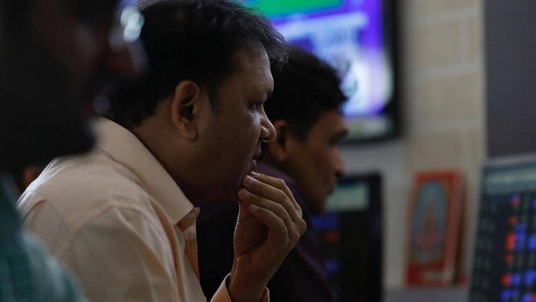 Khaleej Times - Sensex ends 335 points lower as...