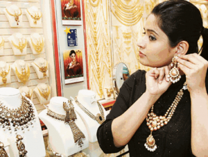 Gulf News – UAE gold prices rising ahead of Diwali