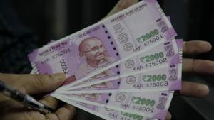 Khaleej Times – Indian rupee set to gain...