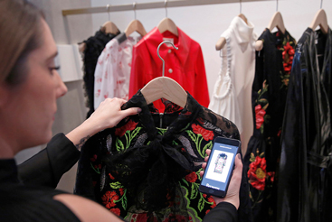 Farfetch share price: what to expect in Q2...