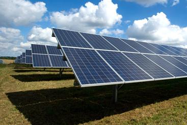 Should Investors Invest in Solar ETF?