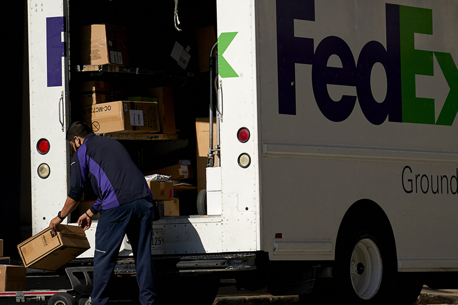 FedEx's share price: what to expect in Q4 earnings