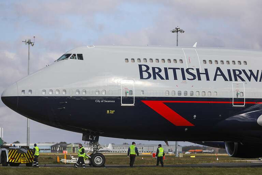 Is IAG's share price about to hit turbulence?