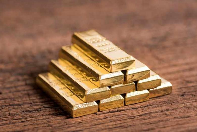 Khaleej Times – Gold price hits 7-year high,...