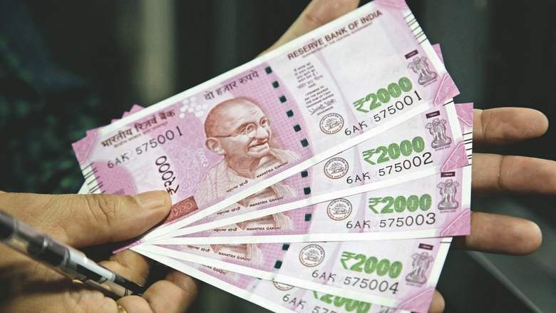 Khaleej Times – Indian rupee set to stabilise...