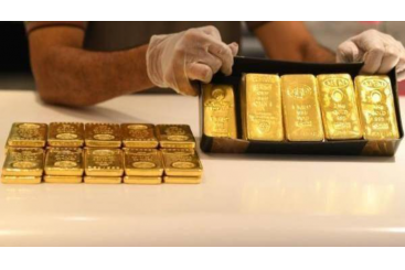 Khaleej Times - Dubai gold prices jump...