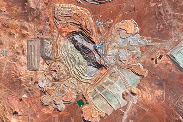 Climate Change & Copper Mining: What's Behind the REMX