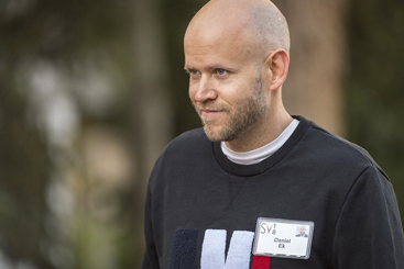 Why Spotify's share price popped on Joe Rogan deal
