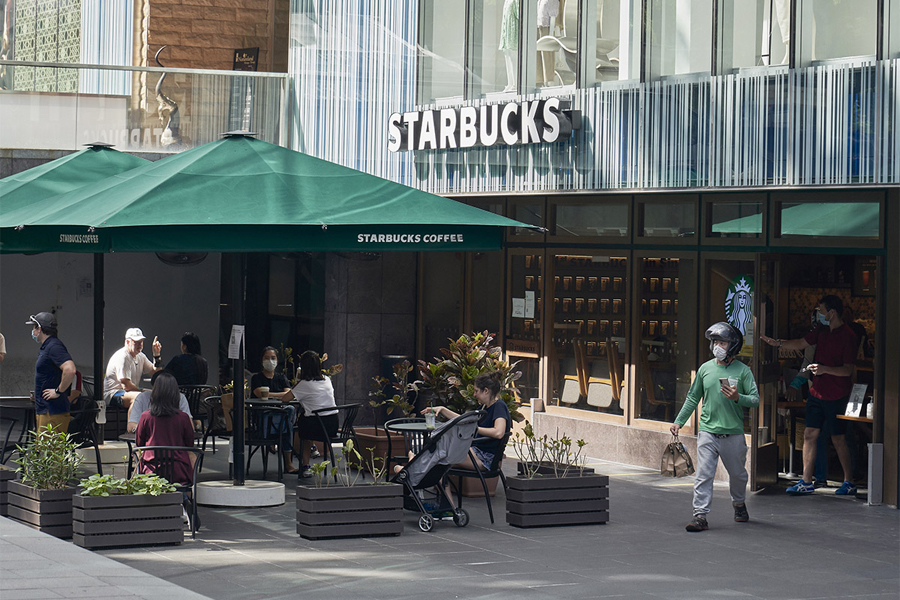 Why Q3 earnings could stir up Starbucks' share...
